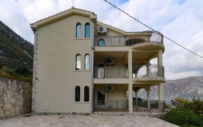 Three Bedroom Apartment For Sale In Kotor Montenegro Home In Montenegro